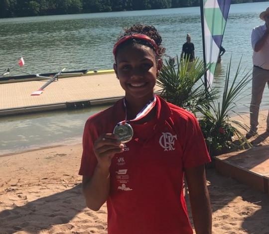 Isabelle Falck conquista a prata no Campeonato Francês de Remo Sub-23