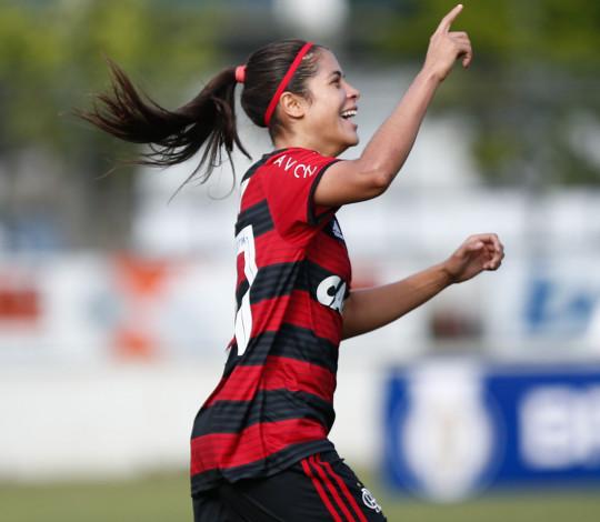 Dany e Karen marcam e Flamengo/Marinha vence Foz Cataratas