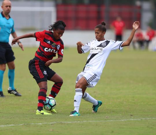 Flamengo e Ponte Preta se enfrentam pela penúltima rodada do Brasileirão Feminino