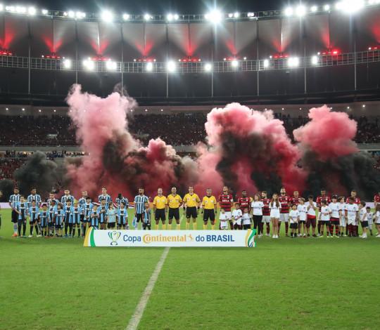 No embalo da Nação! Flamengo supera o Grêmio no Maracanã e é semifinalista da Copa do Brasil