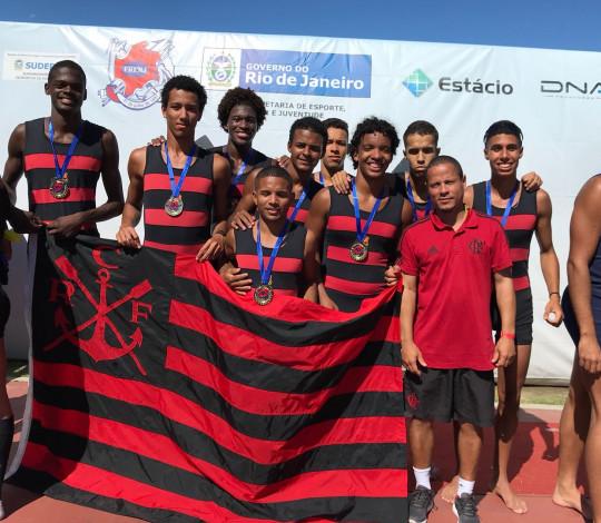Flamengo termina 4ª etapa do Estadual de Remo em segundo lugar