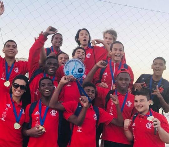 Flamengo é campeão estadual Sub-17 de Polo Aquático masculino