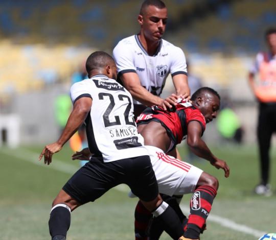 Flamengo perde para o Ceará no Maracanã