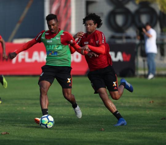 Elenco se reapresenta no Ninho do Urubu de olho no duelo contra o Inter