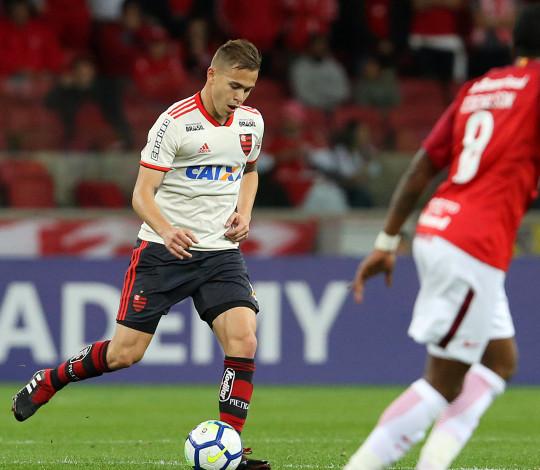 Flamengo sai derrotado no Beira-Rio, pelo Brasileiro