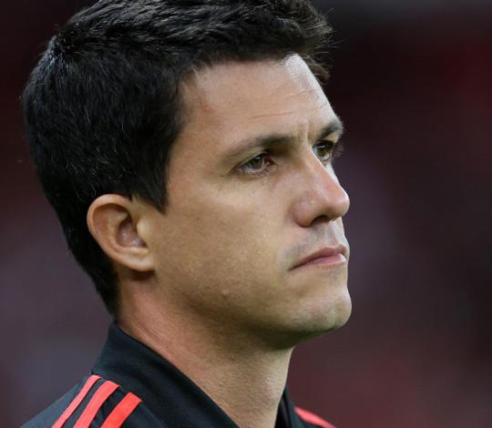 Barbieri lamenta falta de atenção da equipe nos gols do Internacional