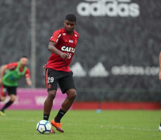 Flamengo se reapresenta de olho no clássico