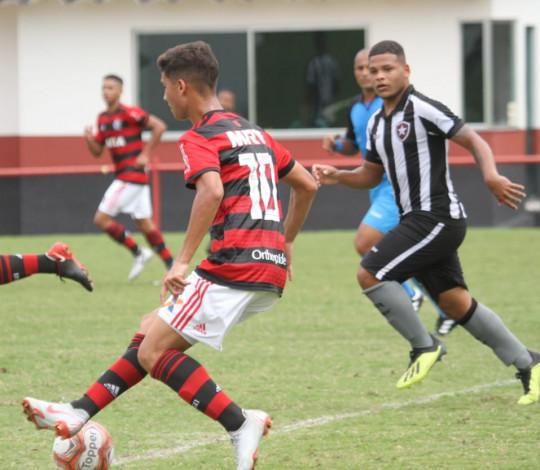 Sub-17 perde para o Botafogo mas segue na briga pelo título da Taça Guanabara