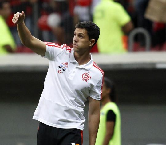 Mauricio Barbieri analisa empate com o Vasco no Mané Garrincha