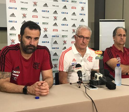 Flamengo apresenta Dorival Júnior para o comando do futebol