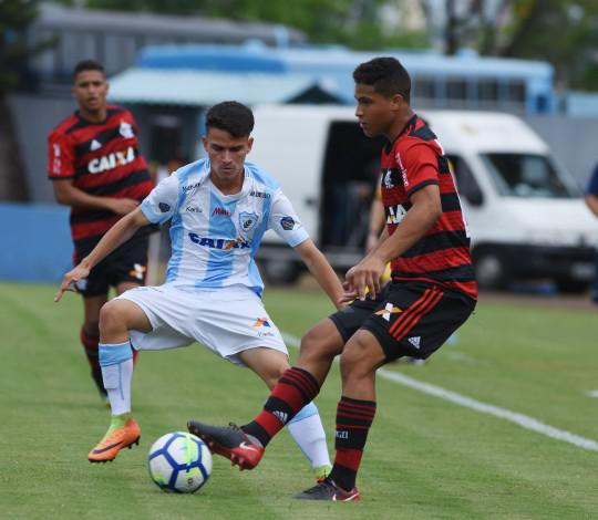 Sub-17 pressiona mas é superado pelo Londrina na Copa do Brasil