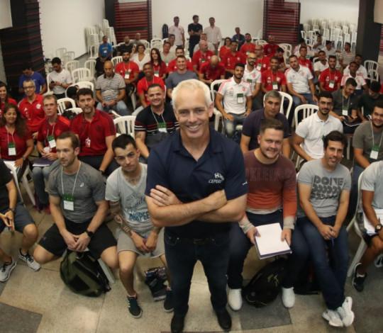 Workshop internacional com Tim Gabbett é realizado na Gávea