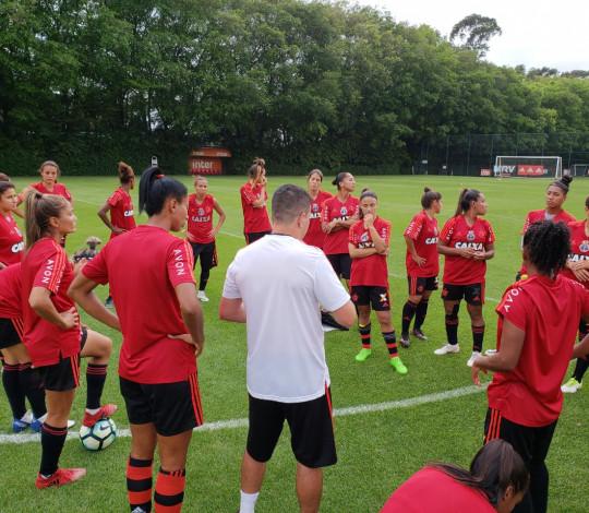 Flamengo/Marinha e Corinthians medem forças na semifinal do Campeonato Brasileiro Feminino