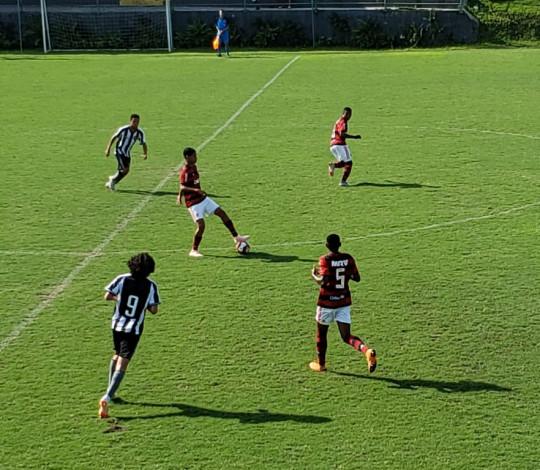 Sub-15 vence Botafogo fora de casa e amplia ainda mais a vantagem rumo à final do Estadual