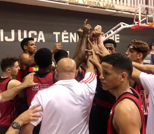 FlaBasquete vence o Sociedade Thalia e está na semifinal da Copa Brasil Sub-18