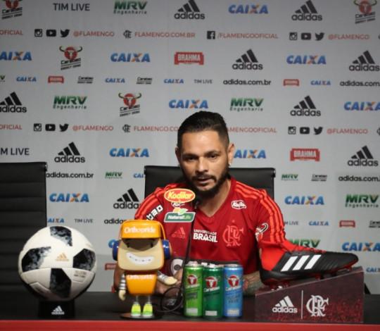 Pará elogia trabalho de Dorival Júnior e analisa duelo contra o Paraná