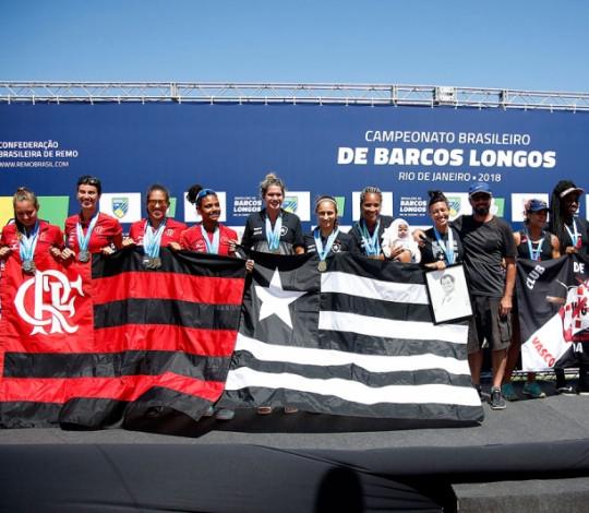 Flamengo conquista o segundo lugar no Campeonato Brasileiro de Barcos Longos