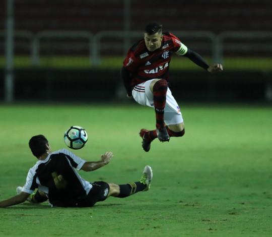Flamengo enfrenta Olaria na Rua Bariri pela segunda fase do Torneio OPG