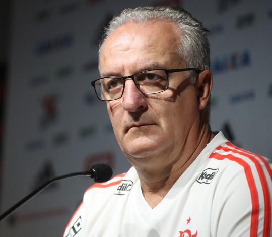 Dorival projeta decisão contra o Palmeiras e destaca importância do apoio nas arquibancadas