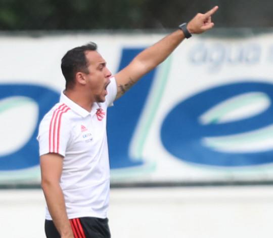 Phelipe Leal comenta a vitória sobre o América-MG pela Copa do Brasil Sub-17