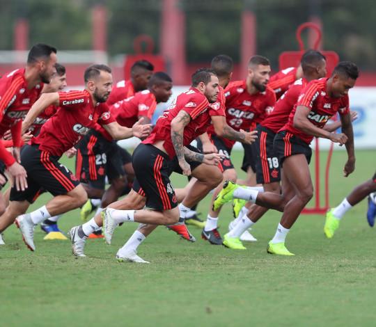 Flamengo visita o São Paulo em jogo da reta final do Brasileirão