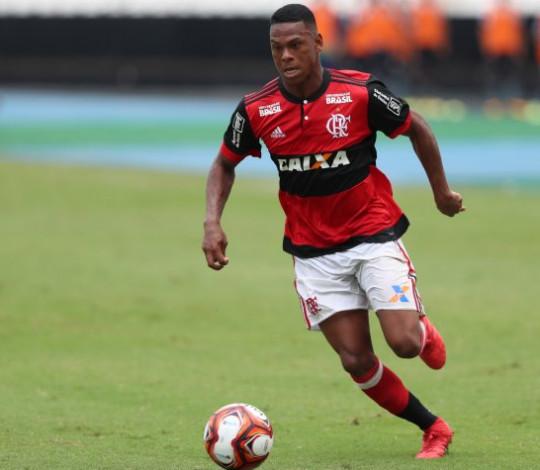"""Recuperado de lesão, Lucas Silva relembra """"Eu falava comigo mesmo: não posso desistir"""""""