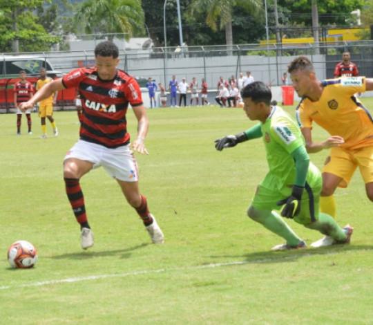 Flamengo e Madureira se encaram em Conselheiro Galvão pelo Torneio OPG Sub-20