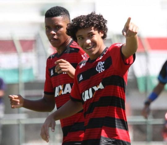 Flamengo e Fluminense decidem título do Campeonato Carioca Sub-15