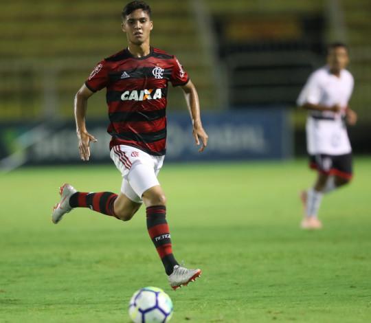 Flamengo e Santos iniciam decisão por vaga na final da Copa do Brasil Sub-17