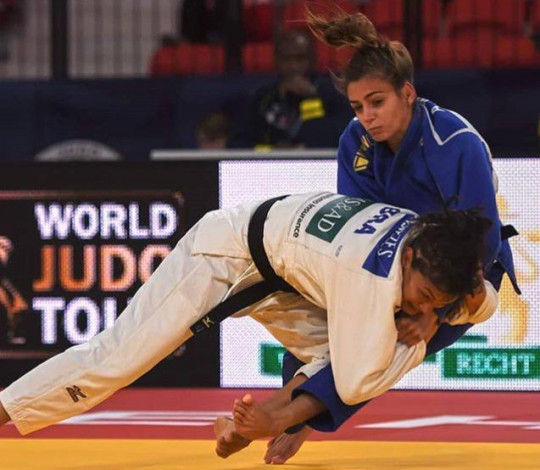 Sarah Menezes encerra participação no Grand Prix de Haia e segue para o Japão