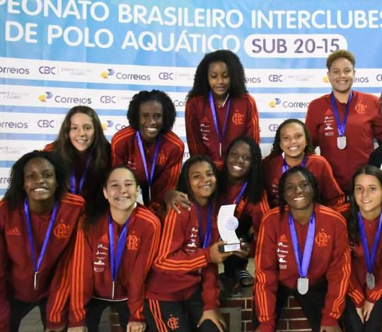 Equipe feminina é prata no Brasileiro Interclubes Sub-15 de Polo Aquático