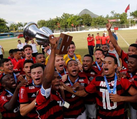 Sub-20 supera o Fluminense na final e conquista seu 10º Torneio OPG na história