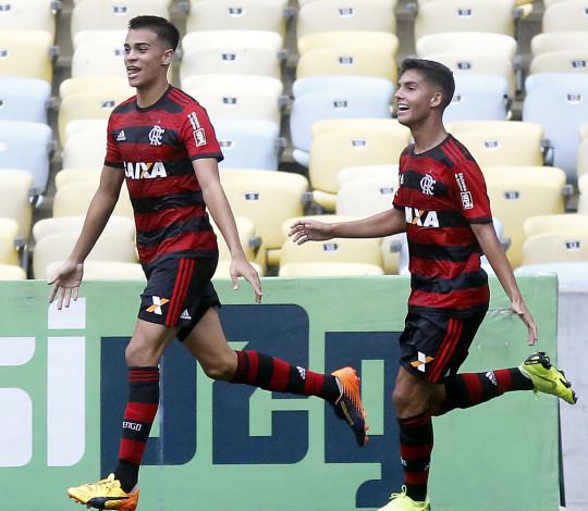 Flamengo empata com Fluminense na partida de ida da decisão da Copa do Brasil Sub-17