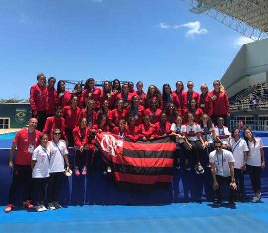Flamengo conquista o título do Campeonato Brasileiro Júnior e Sênior de Nado Artístico