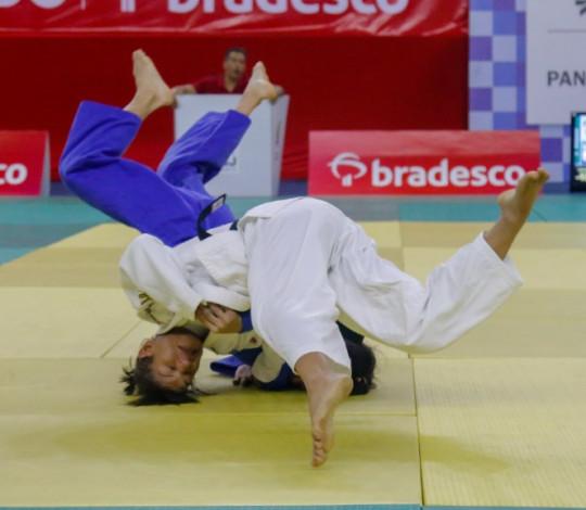 Sarah Menezes disputa Seletiva Olímpica do ciclo Tóquio 2020