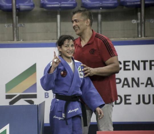 Sarah Menezes conquista vaga na Seleção Brasileira de judô para 2019