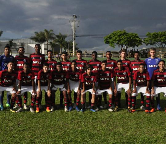 Flamengo sofre virada e perde para o São Paulo na estreia da Copinha Sub-14