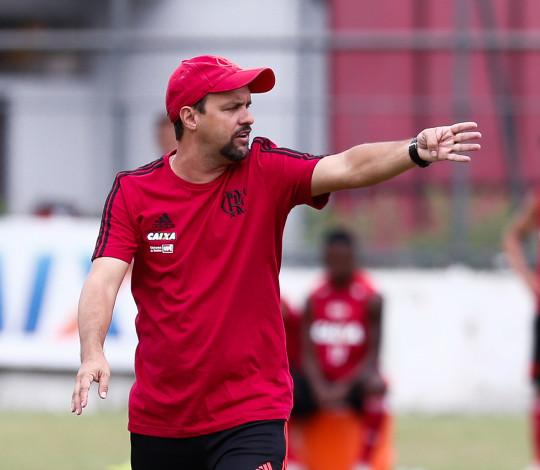 Maurício Souza projeta Copa São Paulo 2019 e relembra título no Pacaembu