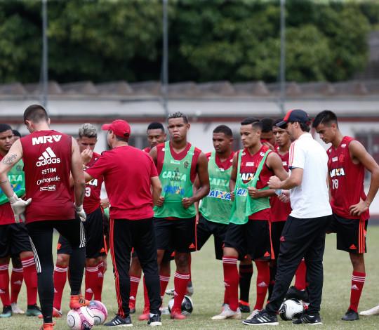 Flamengo inicia caminhada rumo ao pentacampeonato da Copinha