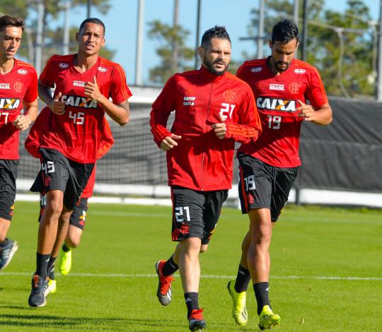 Henrique Dourado comenta expectativas para 2019 e trabalho de Abel Braga