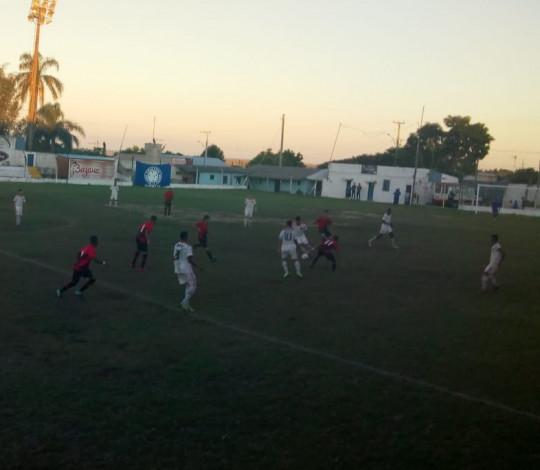 Sub-17 busca empate contra o Athlético PR e depende apenas de si para seguir na Copa Santiago