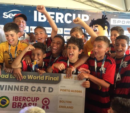 Sub-12 é campeão invicto da IBERCUP World Qualifier e disputará o campeonato mundial na Inglaterra