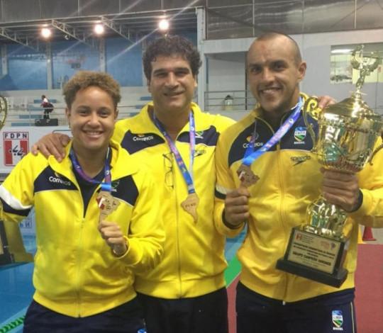 Samantha Rezende e Heitor Carrulo disputam a Copa UANA de Polo Aquático