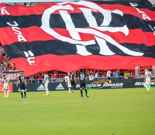 FLA USA New England mostra seu amor ao Flamengo e dá show na Flórida Cup