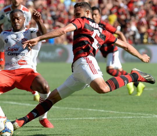 Flamengo volta ao Raulino de Oliveira e enfrenta Resende