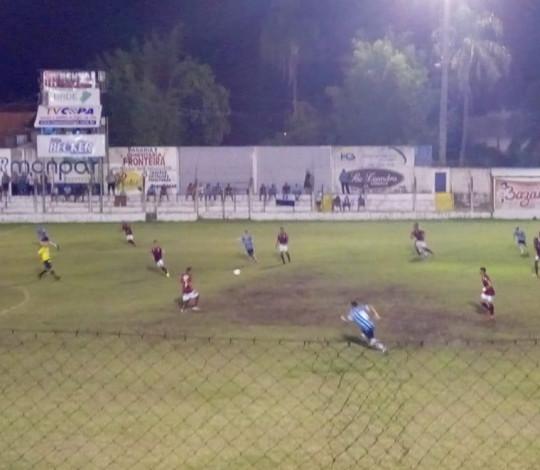 Sub-17 perde para o Grêmio e fica fora da final da Copa Santiago