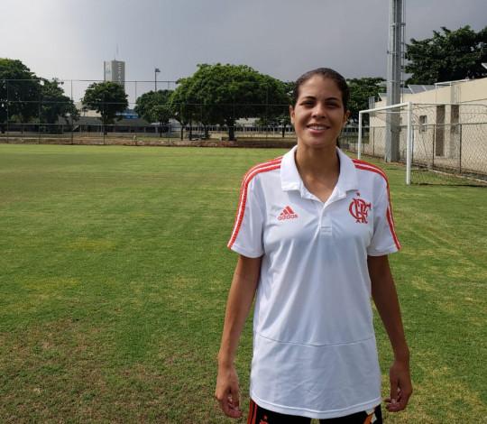 Influência da mãe e melhor temporada da carreira: Dany Helena fala sobre futebol e Flamengo