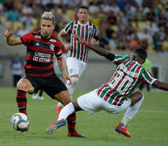 Com gol no final, Flamengo perde para Fluminense e está fora da Taça Guanabara