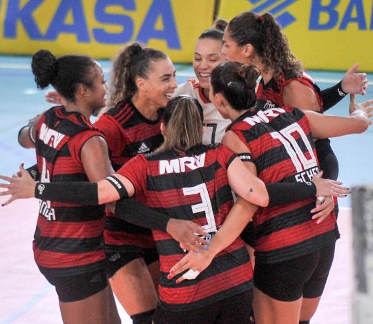 Flamengo vence bem AFV/Franca e continua invicto na Superliga B