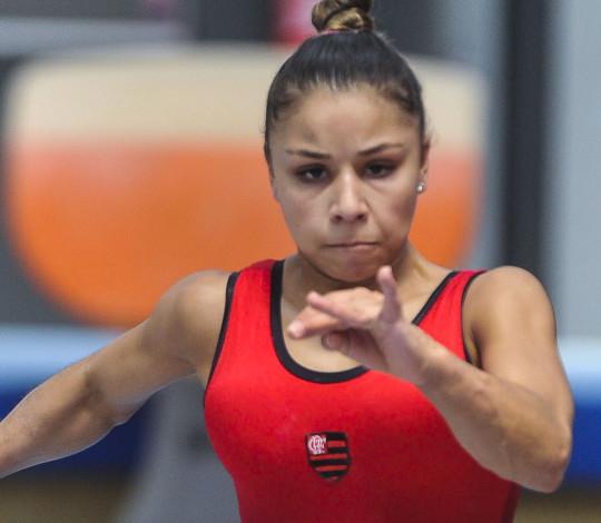 Flamengo renova com suas estrelas da ginástica artística